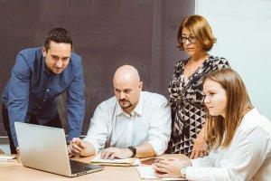 equipo de alicante tecnologica copywriting 300x200 - Expertos en Copywriting