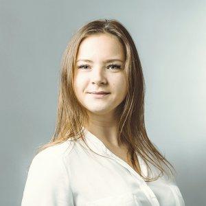 social media manager alicante tecnologica 300x300 - Larisa Kuznetsova